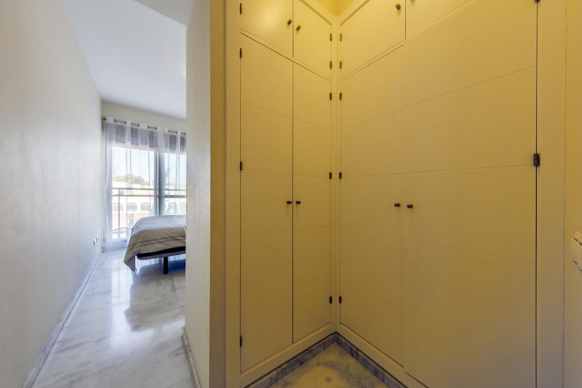 Apartamento de 2 dormitorios en venta en Nueva Milla de Oro – R3548620