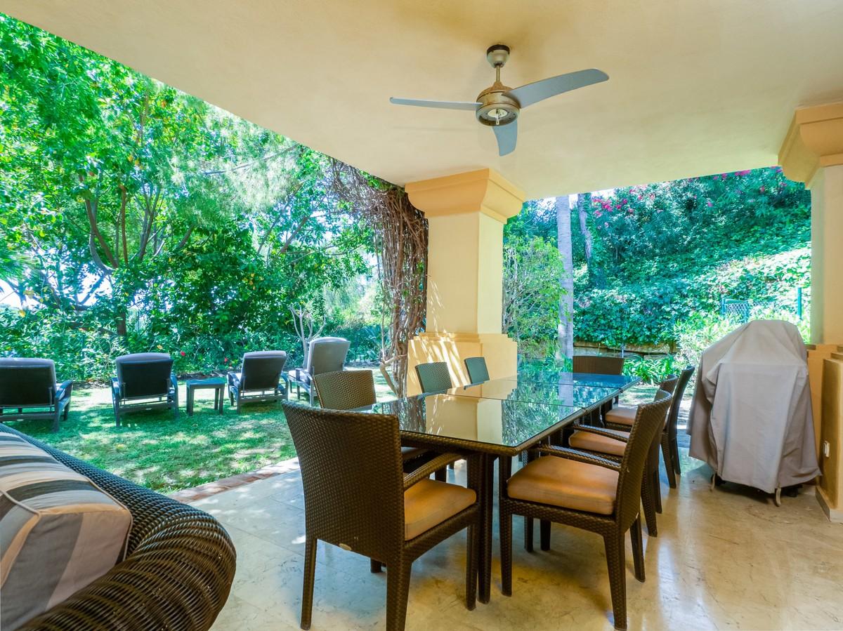 Adosado de 3 dormitorios en venta en Río Real – R3447367