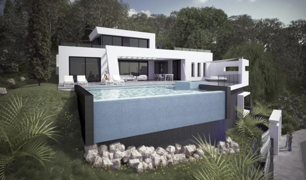 4 bedroom Villa for sale in Altos de los Monteros – R2260547