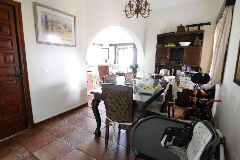Villa de 3 dormitorios en venta en Las Chapas – R3183547