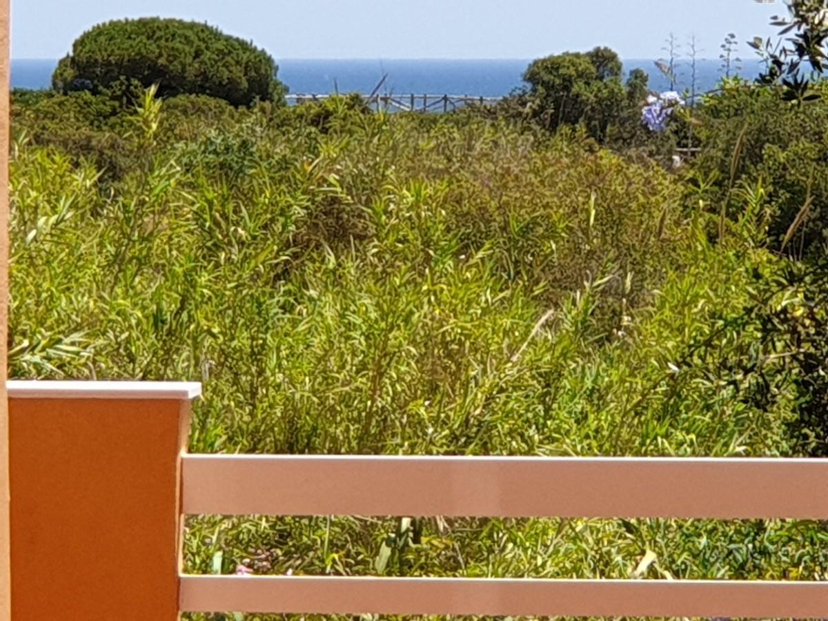 3 bedroom Apartment for sale in Carib Playa – R3431974
