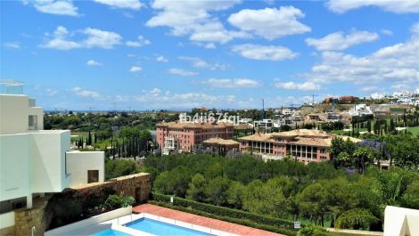 Atico de 3 dormitorios en venta en Los Flamingos – R3209182 en
