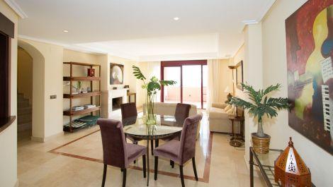 Atico de 3 dormitorios en venta en La Mairena – R3238798