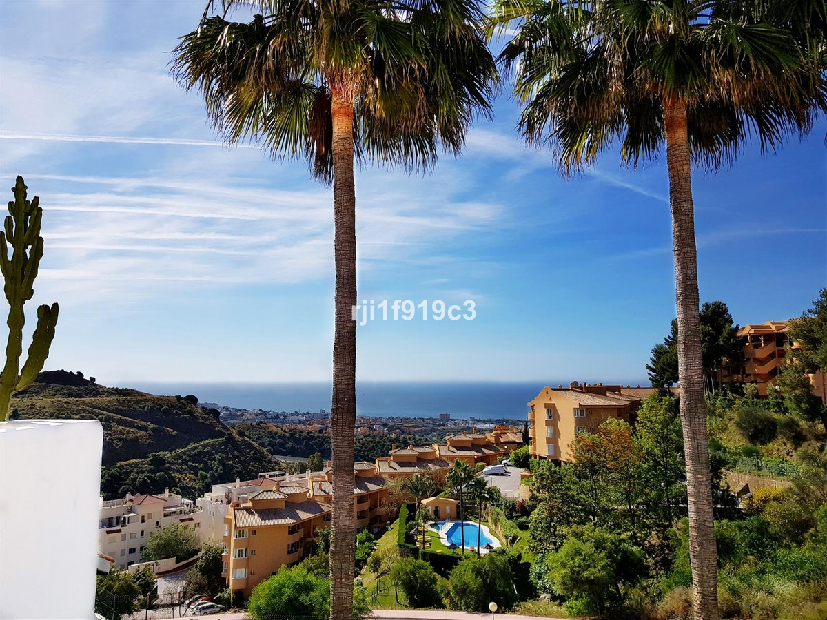 2 bedroom Apartment for sale in Calahonda – R3413749