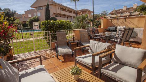 2 bedroom Apartment for sale in Elviria – R3536188 in