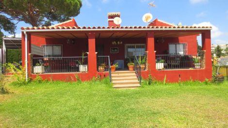 4 bedroom Villa for sale in Calahonda – R3431701