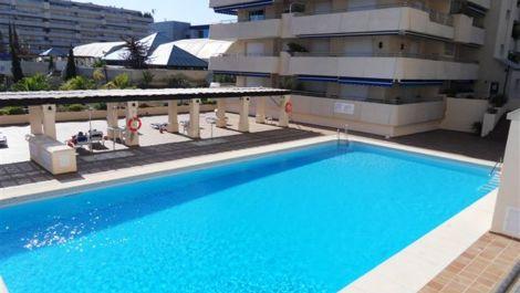 2 bedroom Apartment for sale in Puerto Banús – R121767