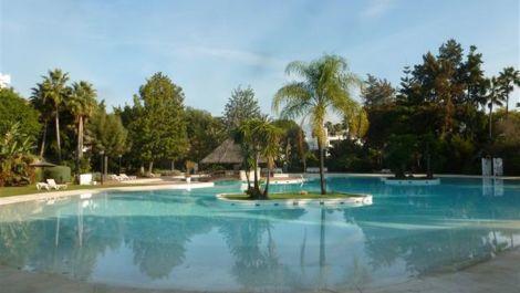 2 bedroom Apartment for sale in Guadalmina Baja – R2962949 in
