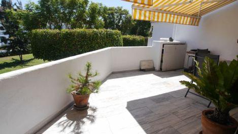 3 bedroom Apartment for sale in Elviria – R2691995