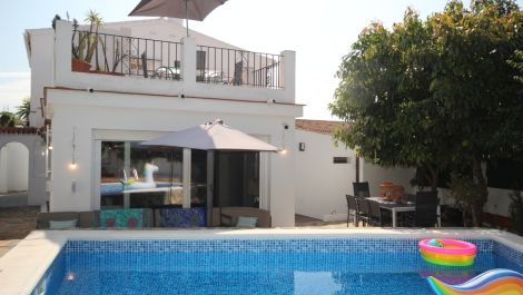 3 bedroom Villa for sale in Costabella – R3508123 in