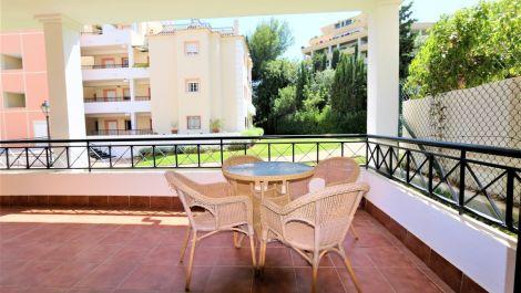 Apartamento de 2 dormitorios en venta en Nueva Andalucía – R3512827 en