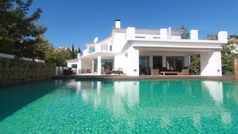 Villa de 7 dormitorios en venta en La Quinta – R1934811