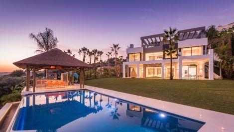 Villa de 4 dormitorios en venta en Los Flamingos – R2644004