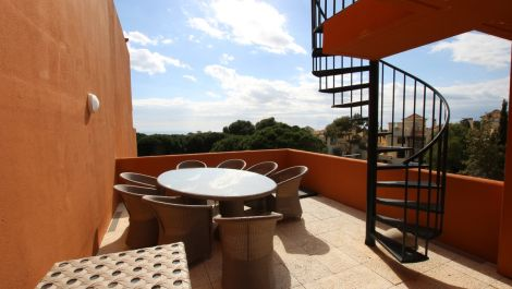 3 bedroom Penthouse for sale in Cabopino – R3412300 in