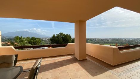 2 bedroom Apartment for sale in Benahavis – R3327568