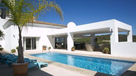 6 bedroom Villa for sale in Sotogrande Alto – R3216970