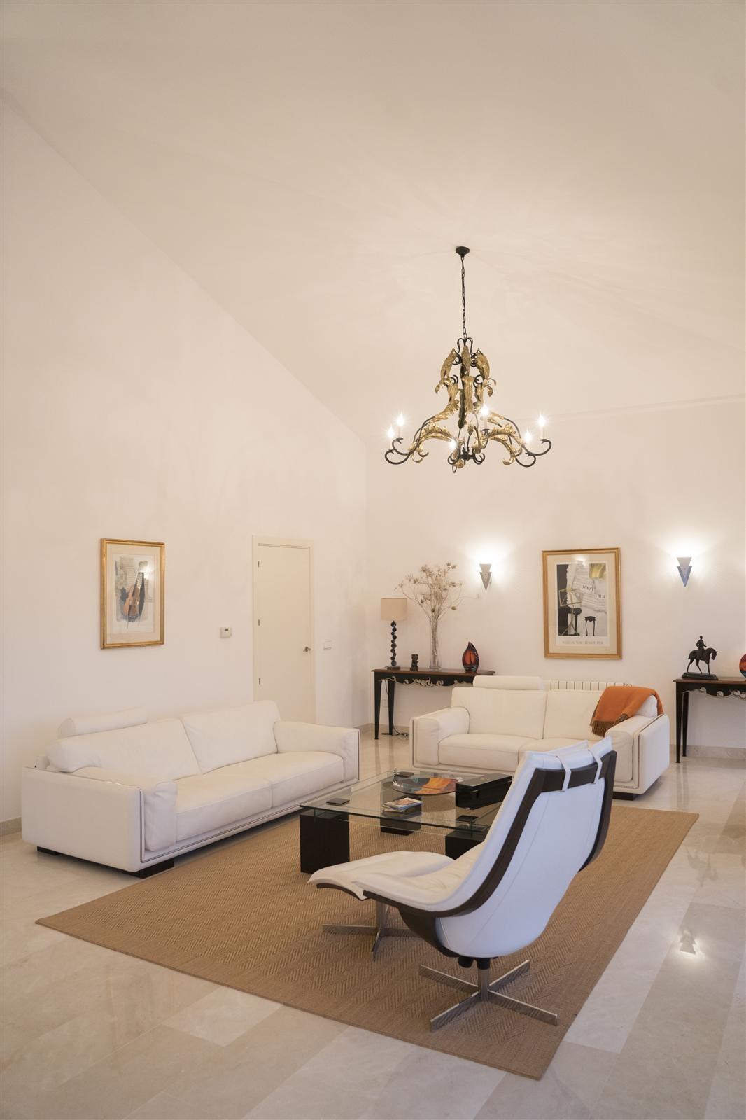 Villa de 6 dormitorios en venta en Sotogrande Alto – R3216970