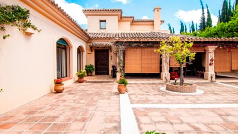 5 bedroom Villa for sale in Sotogrande Alto – R2670989 in