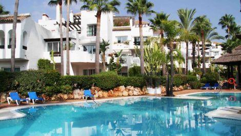 2 bedroom Apartment for sale in Puerto Banús – R2965031