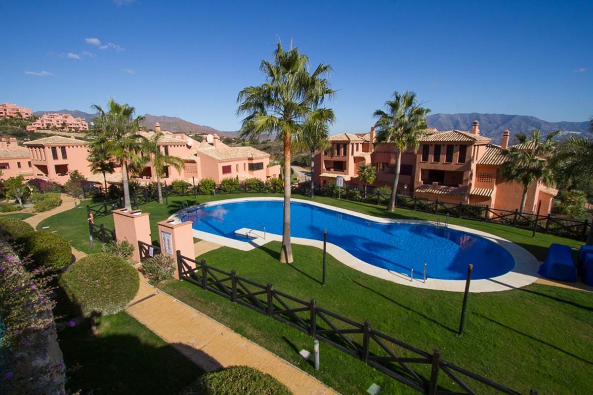 3 bedroom Apartment for sale in La Mairena – R2806994