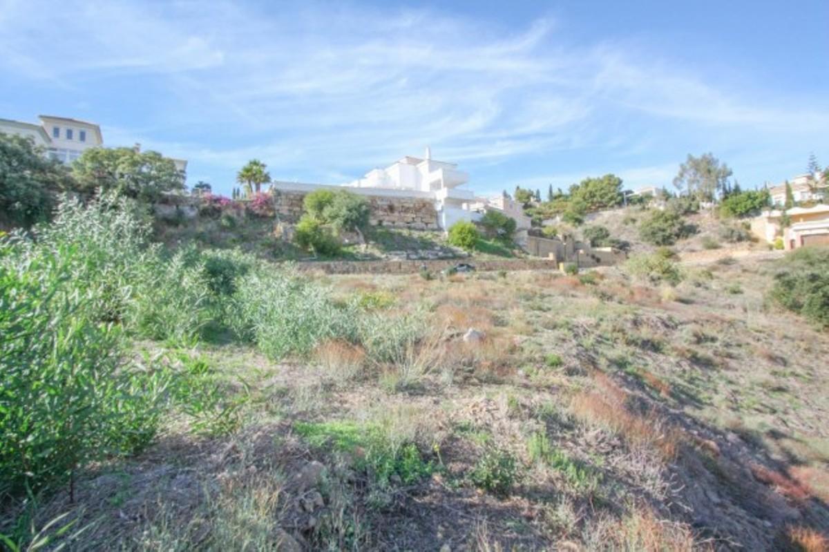 Terreno en venta en Elviria – R2128697