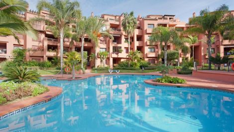 3 bedroom Apartment for sale in El Rosario – R3100987 in