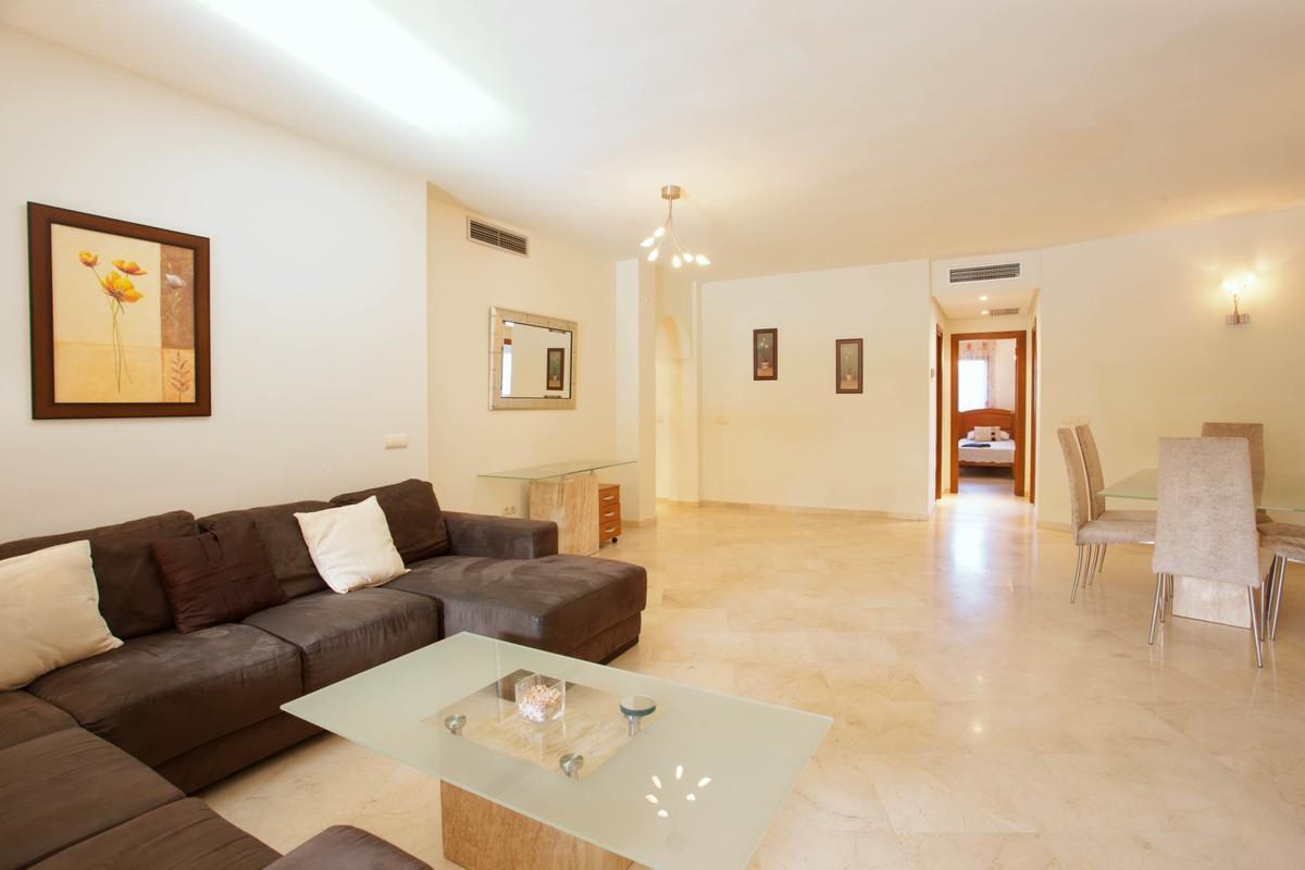 Apartamento de 3 dormitorios en venta en El Rosario – R3100987