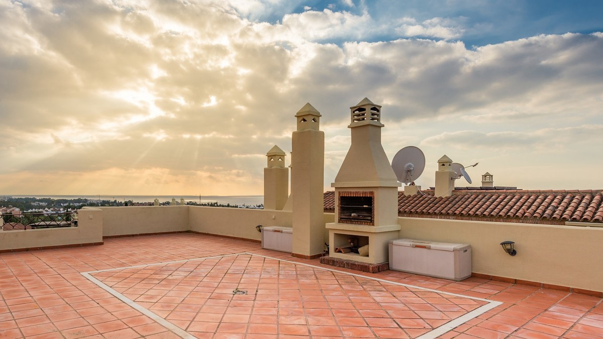 2 bedroom Penthouse for sale in Los Flamingos – R3337336