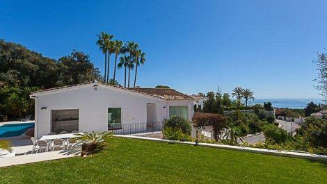 Villa de 5 dormitorios en venta en El Rosario – R3015707