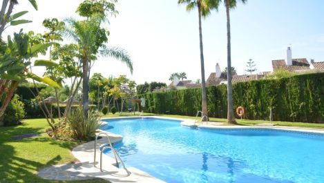 3 bedroom Penthouse for sale in Guadalmina Baja – R3144211 in