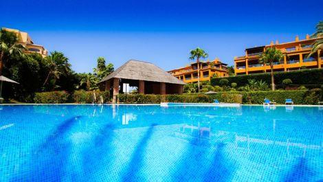 Apartamento de 2 dormitorios en venta en Benahavís – R2870150