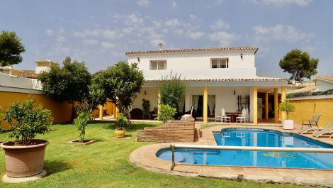 3 bedroom Villa for sale in Costalita – R3459955 in