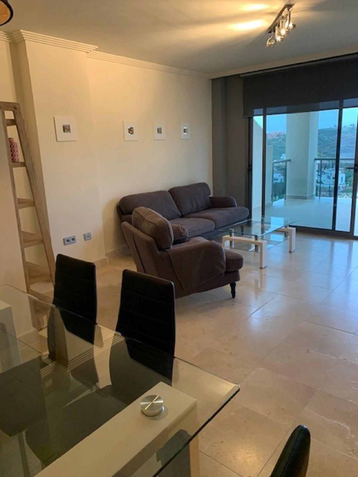 Apartamento de 2 dormitorios en venta en Benahavís – R3575707