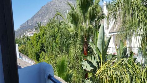 Adosado de 4 dormitorios en venta en Marbella – R3592441