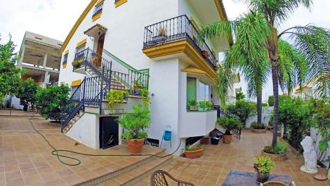 6 bedroom Townhouse for sale in Marbella – R2953631