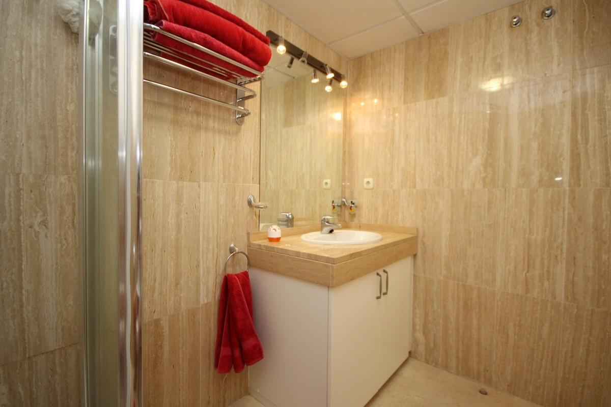 2 bedroom Penthouse for sale in Elviria – R3527539