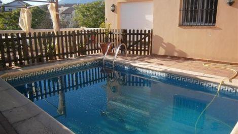 5 bedroom Villa for sale in La Quinta – R1986362 in