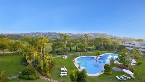 4 bedroom Penthouse for sale in Las Brisas – R2950967 in