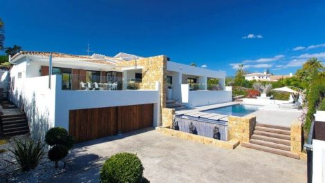 5 bedroom Villa for sale in Guadalmina Alta – R3115816