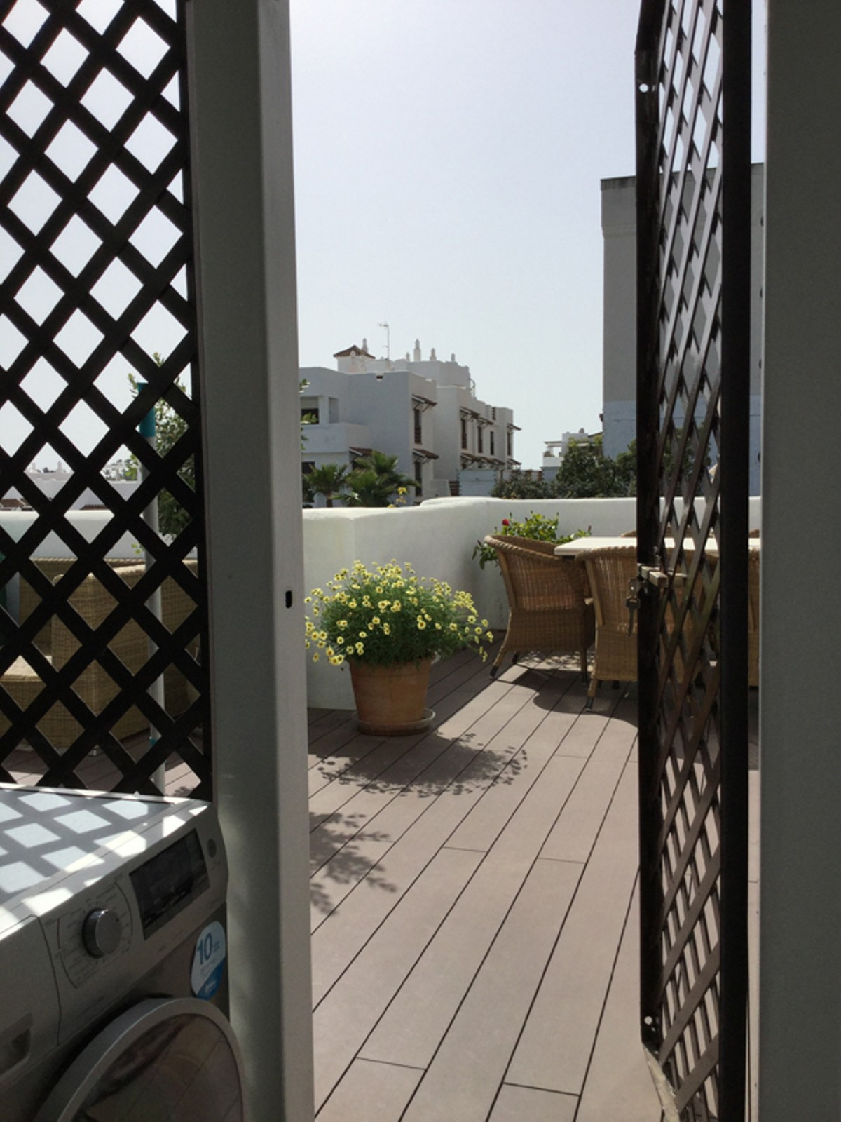 Apartamento de 3 dormitorios en venta en Selwo – R2909429