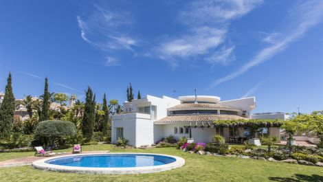 4 bedroom Villa for sale in Los Flamingos – R3138259 in