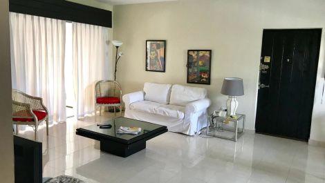 2 bedroom Apartment for sale in Puerto Banús – R3426955