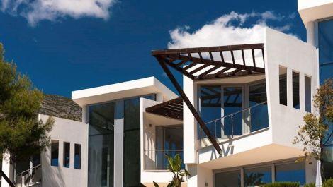 2 bedroom Townhouse for sale in Sierra Blanca – R3467104
