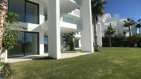 Apartamento de 2 dormitorios en venta en Benahavís – R3325207