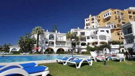 Apartamento de 3 dormitorios en venta en Cabopino – R2942075