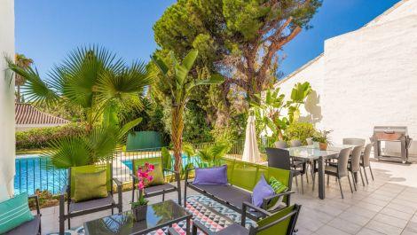 Villa de 5 dormitorios en venta en Puerto Banús – R3540691 en