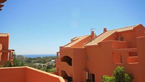 3 bedroom Apartment for sale in Elviria – R3534091