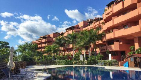 Apartamento de 2 dormitorios en venta en Nueva Milla de Oro – R2817290