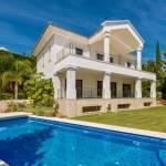 5 bedroom Villa for sale in Sierra Blanca – R3531490