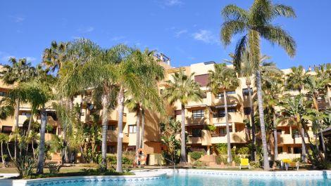 Apartamento de 3 dormitorios en venta en Costalita – R3171436